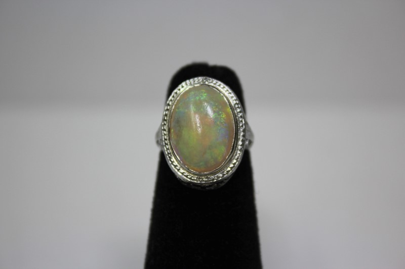 Opal Lady's Stone Ring 18K White Gold 4g Size:4