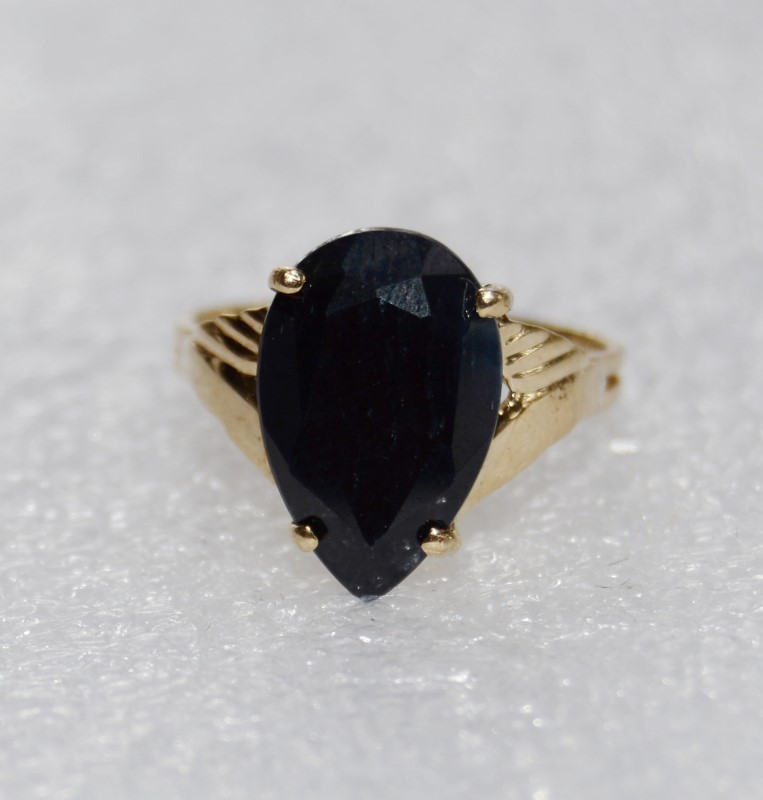 10K Yellow Gold Cathedral Set Detailed Pear Shaped Black Sapphire Cocktail Ring6