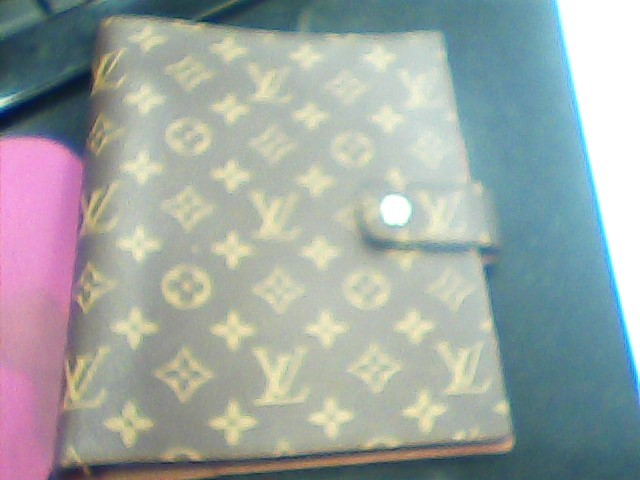LOUIS VUITTON Fashion Accessory LARGE RING AGENDA COVER