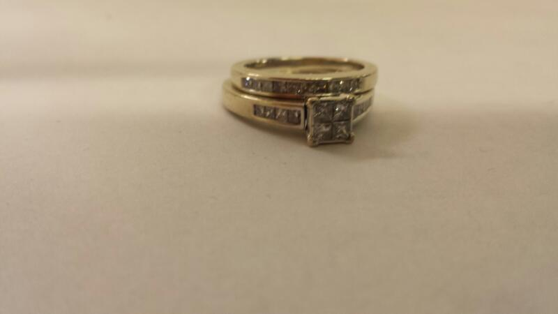 Lady's Diamond Wedding Set 22 Diamonds 1.10 Carat T.W. 14K White Gold 5.7dwt