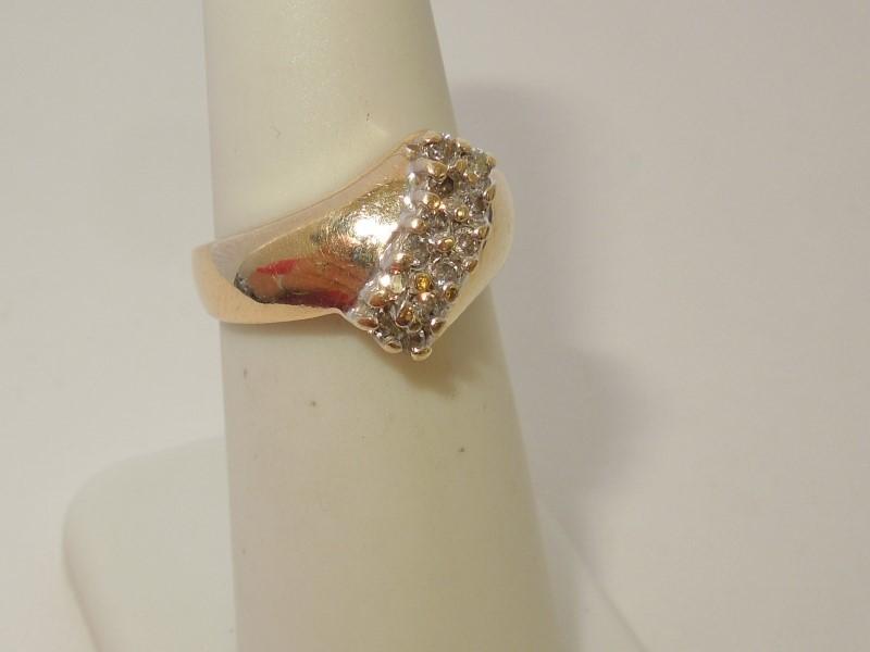 Lady's Diamond Cluster Ring 12 Diamonds .24 Carat T.W. 14K Yellow Gold 4.8g