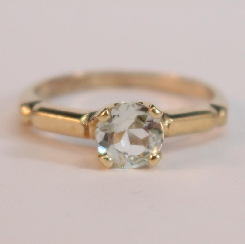 10K Yellow Gold Round Cut Aquamarine Ring Size 6.75
