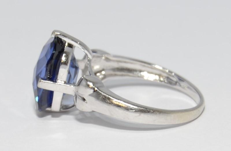 Tanzanite Lady's Stone Ring 10K White Gold 3.2g Size:6.8