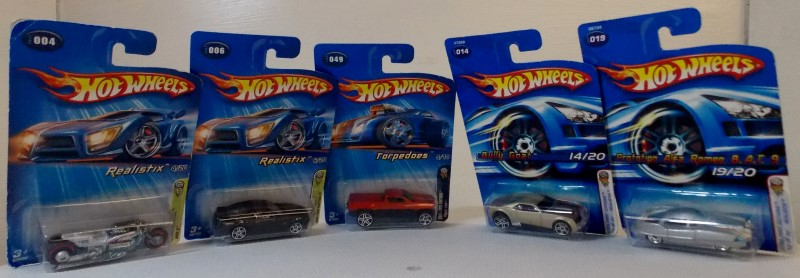 HOT WHEELS 2005 FIRST EDITIONS, 5 CARS ONLY