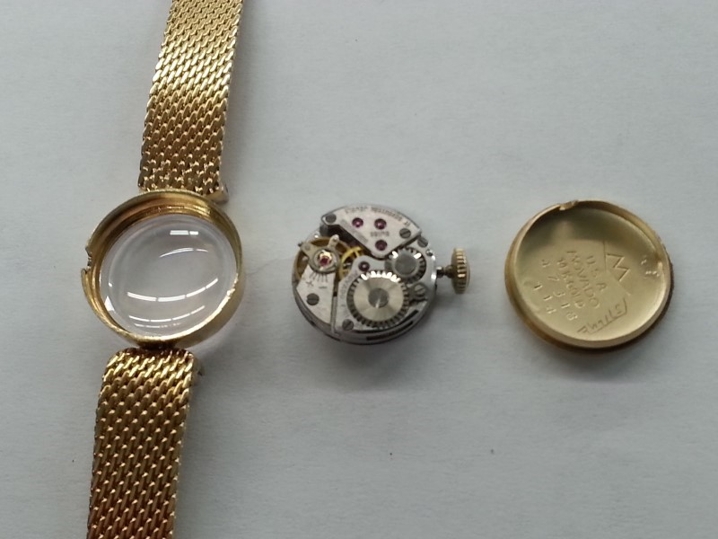 MOVADO VINTAGE LADIES WATCH 14K SOLID GOLD MANUAL WIND