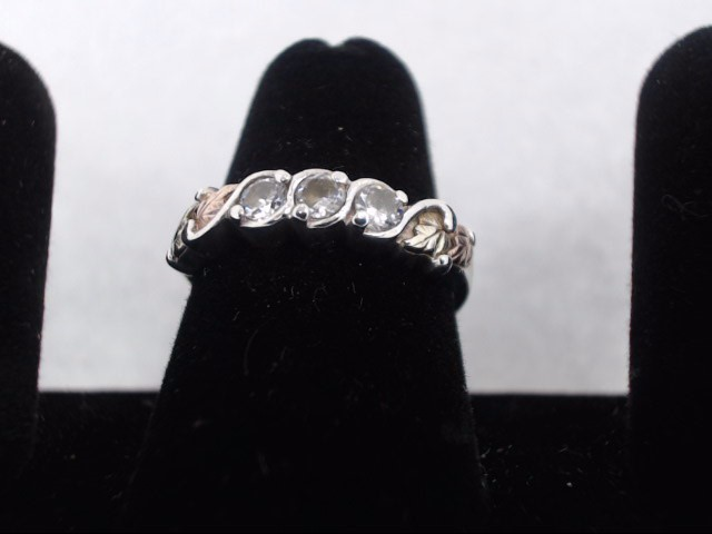 White Stone Lady's Silver & Stone Ring 925 Silver 2.9g
