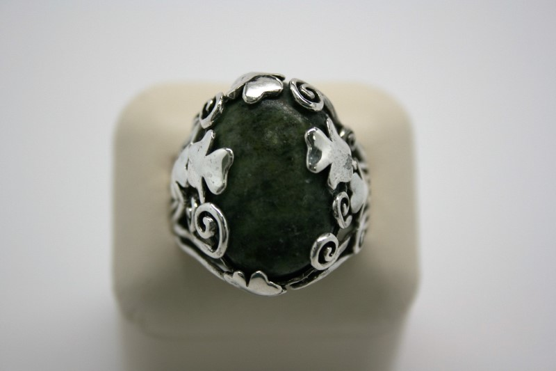 GENT'S TURQUOISE SILVER RING W/ SHAMROCK DESIGN 12