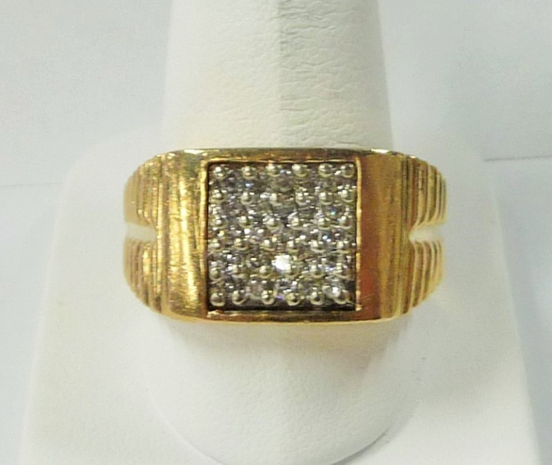 Gent's Diamond Fashion Ring 25 Diamonds .75 Carat T.W. 10K Yellow Gold 7.5dwt