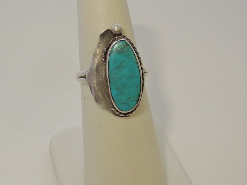 Synthetic Turquoise Lady's Silver & Stone Ring 925 Silver 2.8g Size:6