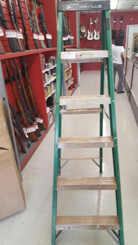 LOUISVILLE LADDER Ladder 6 FOOT LADDER