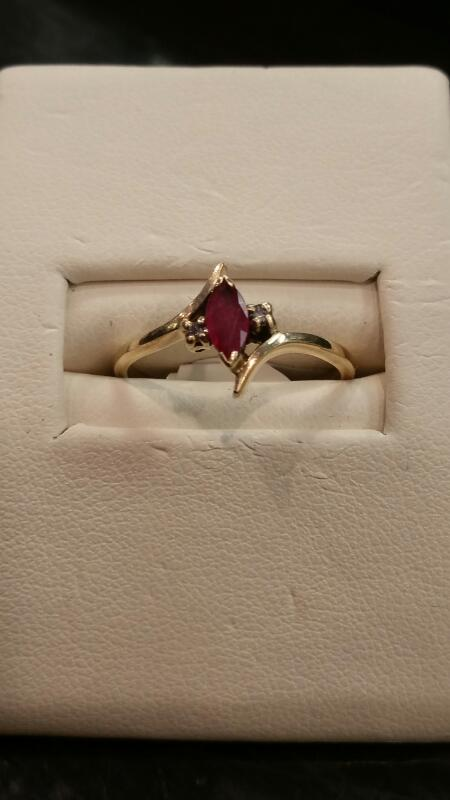 Lady's Gold Ring 10K Yellow Gold 1.2dwt Size:6.5