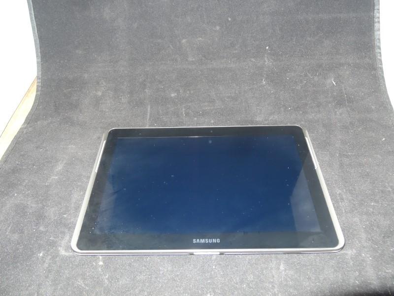 SAMSUNG Tablet SPH-P500