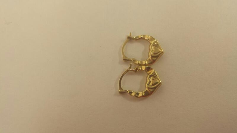 10K-Y/G Small Hoop Earrings With Hearts