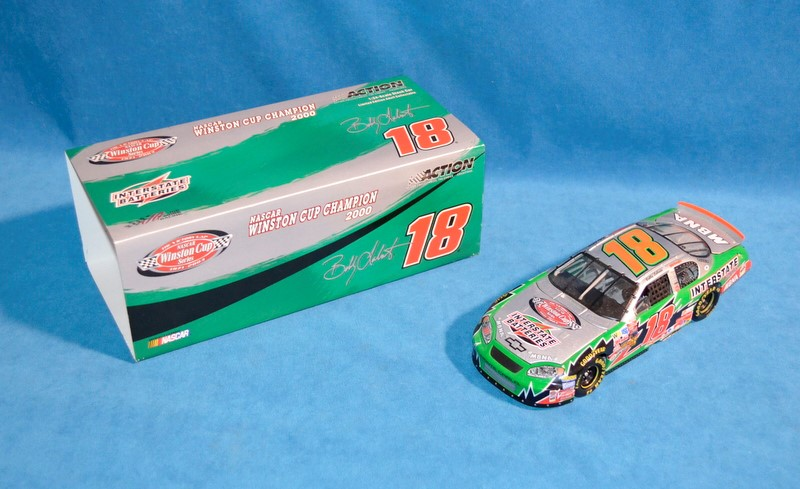 ACTION RACING COLLECTABLES BOBBY LABONTE #18 WINSTON CUP CHAMPION 2000