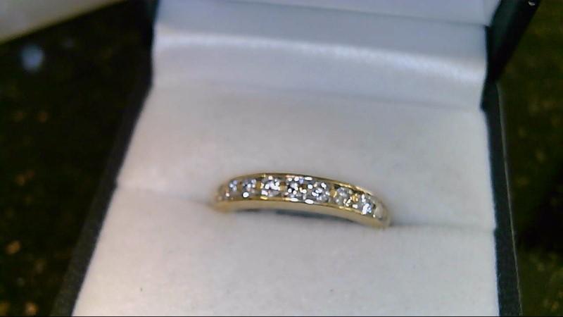 lady's 14k yellow gold round diamond band