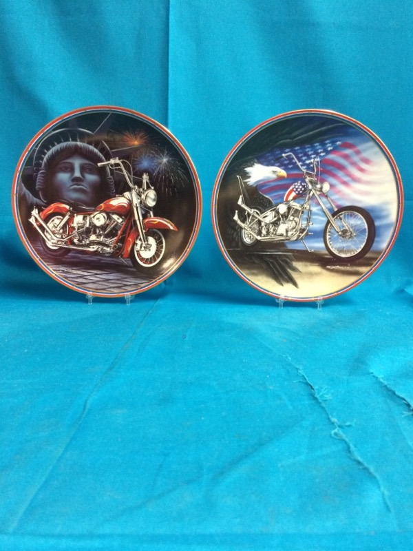 EASYRIDER Collectible Plates Set Of 2