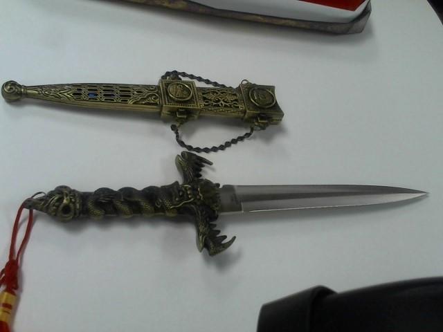Combat Knife DECORATIVE KNIFE