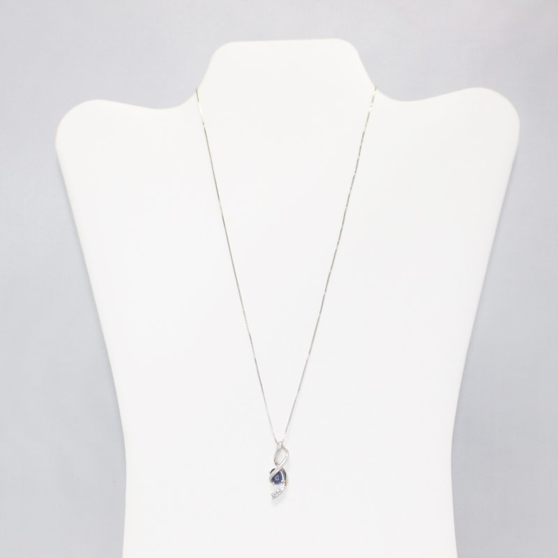 """Lovely 18"""" Silver Twisted Blue and Trio White Stone Necklace"""