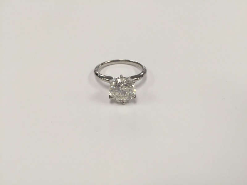 Lady's Platinum-Diamond Solitaire 3.06 CT. 950 Platinum 5.7g