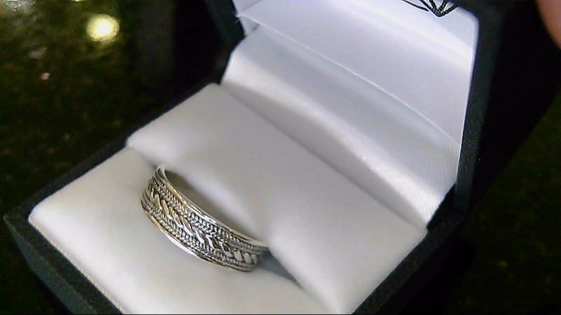 sterling silver 925 sz 8.5 designed band