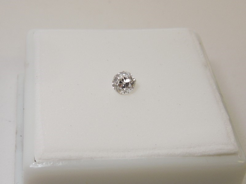 Diamond .35 CT. 0.05g