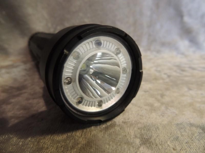 Bushnell TRKR T500L 500-Lumen Multi-Color Flashlight, 162m Beam 20066 0616