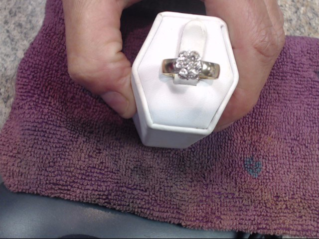 Lady's Diamond Cluster Ring 7 Diamonds .70 Carat T.W. 14K Yellow Gold 2.6dwt