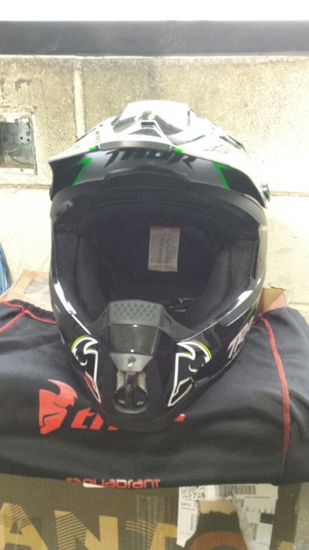 QUADRANT Motorcycle Helmet THOR