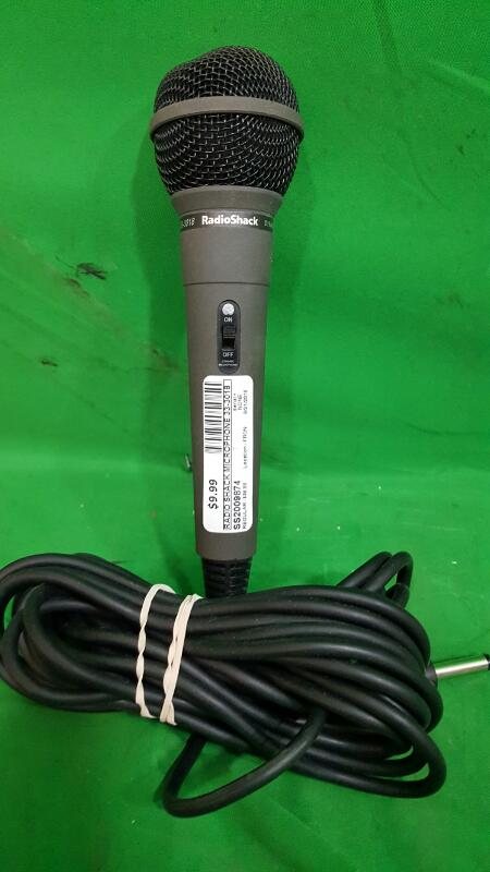 RADIO SHACK Microphone 33-3018