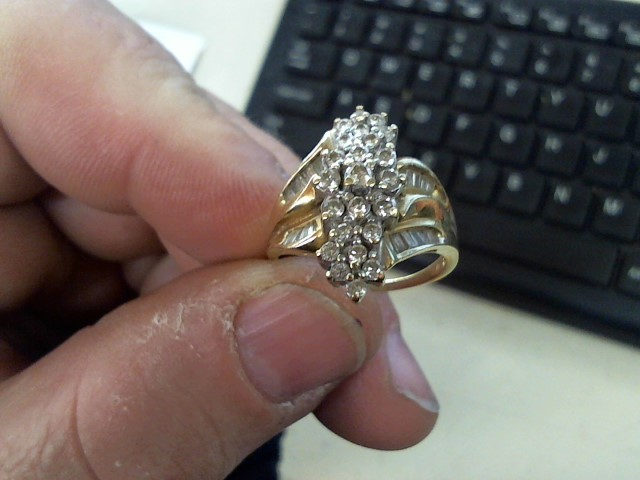 Lady's Diamond Cluster Ring 48 Diamonds 1.67 Carat T.W. 14K Yellow Gold 5.8g