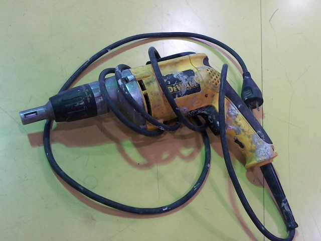 DEWALT Screw Gun DW272
