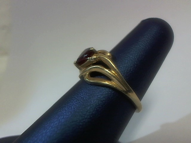 Red Stone Lady's Stone Ring 10K Yellow Gold 2.7g Size:6.5