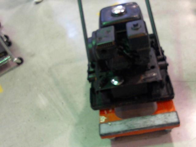MIKASA Concrete Vibrator VIBATORY PLATE COMPACTOR