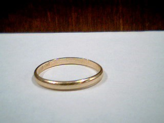 Lady's Gold Ring 10K Yellow Gold 1.2g Size:7