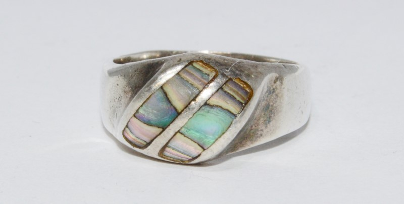 Sterling Silver Double Row In-laid Pink & Green Mother Of Pearl Ring sz 7