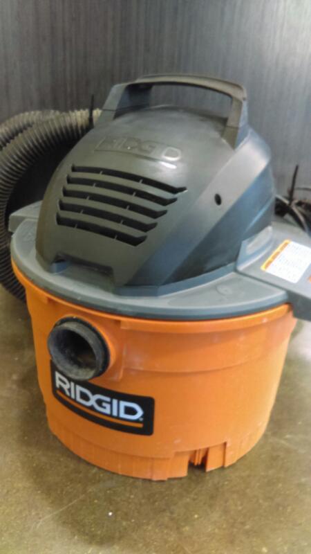 RIDGID 6-GAL SHOP VAC WD06701