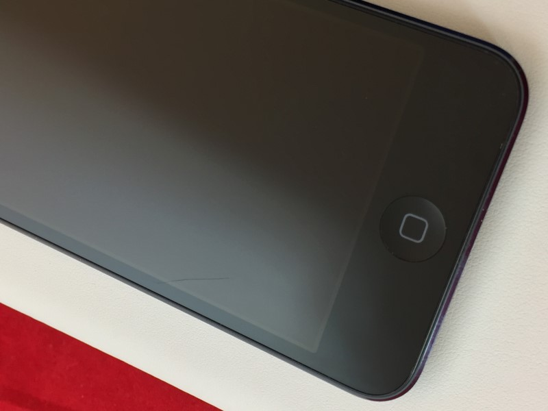 APPLE iPOD TOUCH BLACK/SLATE MD723LL/A 32GB