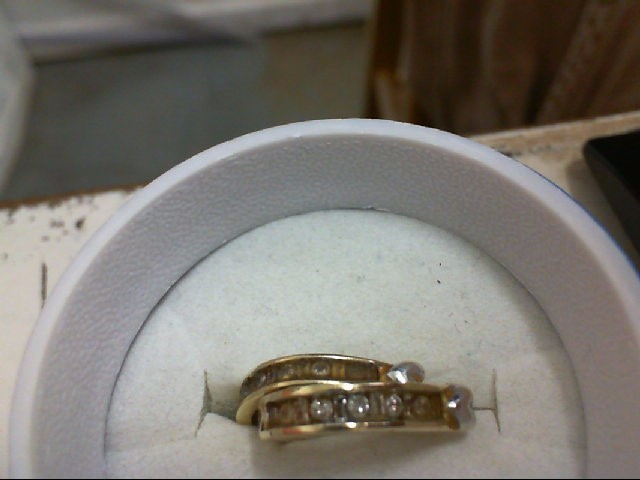 Gold-Diamond Earrings 24 Diamonds .24 Carat T.W. 10K Yellow Gold 1.6g