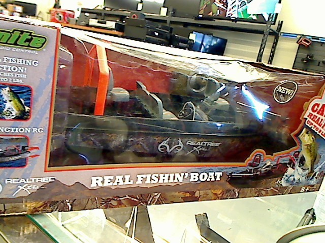 REAL TREE OUTFITTERS Radio Control/Control Line IGNITE RC BOAT