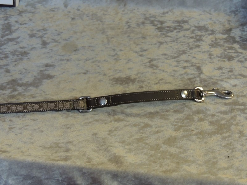 COACH SIGNATURE BROWN LEATHER DOG LEASH 4' 4005 SMALL AUTHENTIC MINT