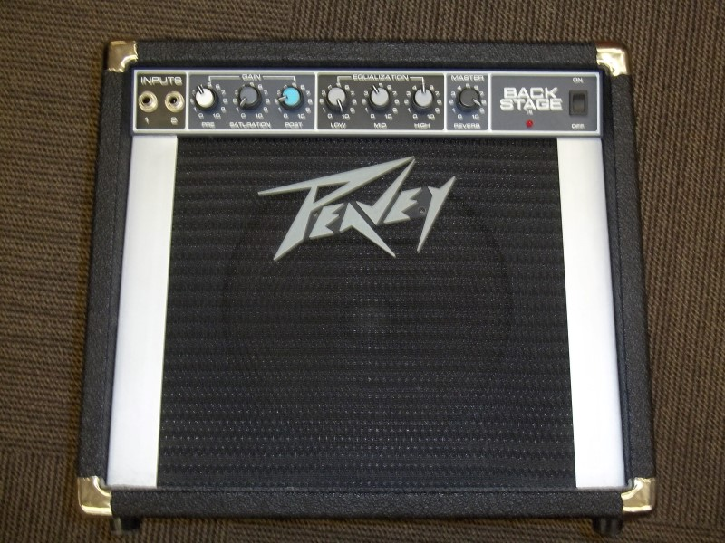 PEAVEY GUITAR AMP BACKSTAGE