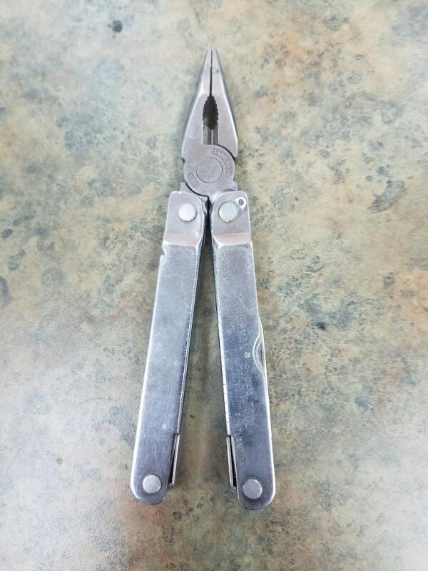 LEATHERMAN Pocket Knife SUPER TOOL