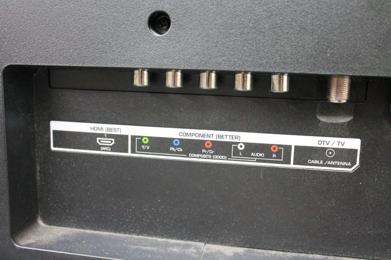 VIZIO Flat Panel Television E320-B0
