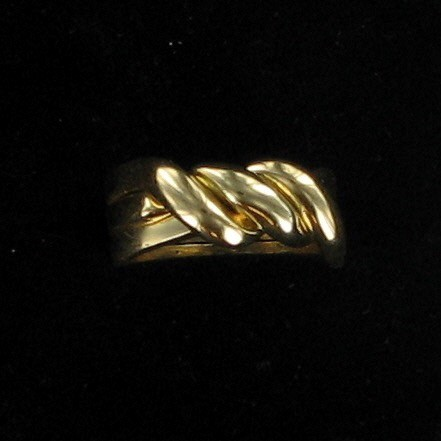 Lady's Gold Ring 10K Yellow Gold 4.3dwt