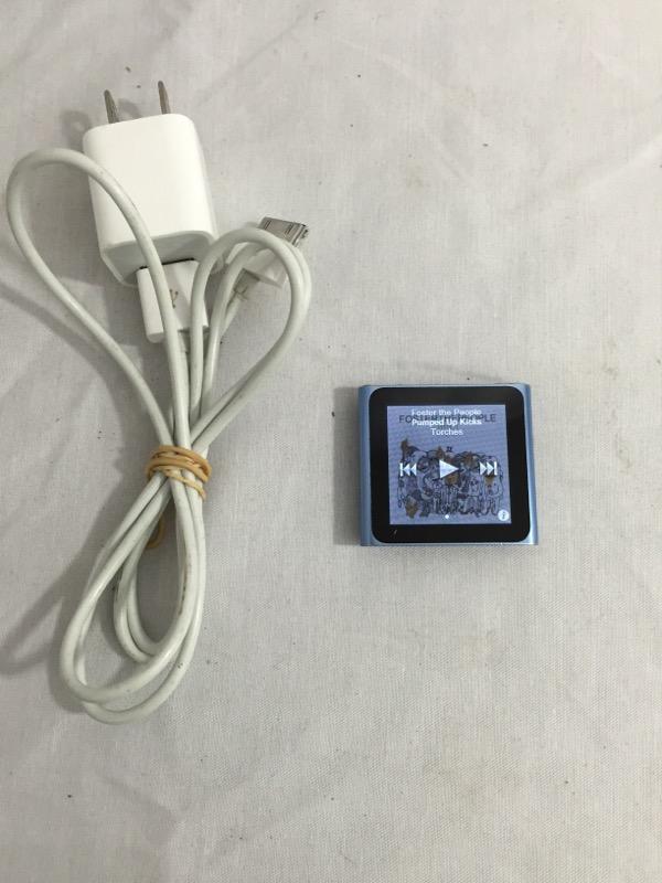 APPLE IPOD IPOD MC689LL 8GB