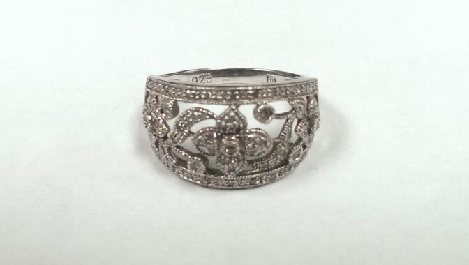 Flower Design Silver and White Stone Ring 925 Silver 3.2g Size:6.75