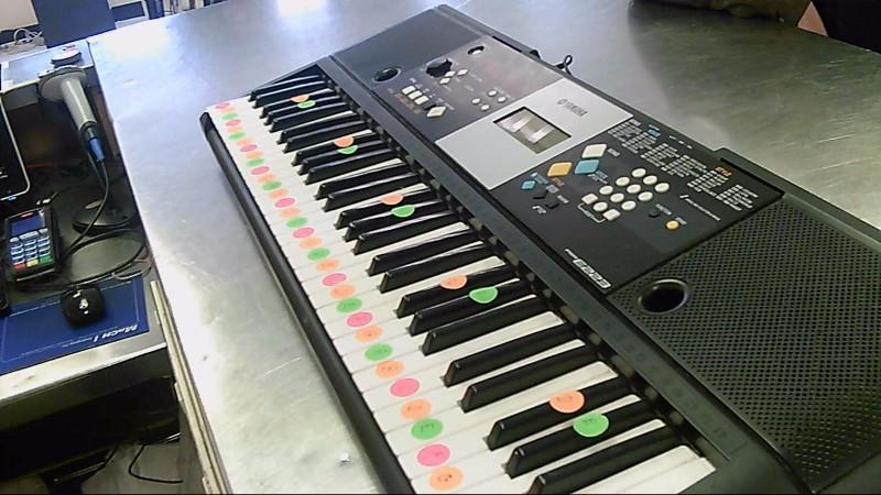 YAMAHA Keyboards/MIDI Equipment PSR-E223