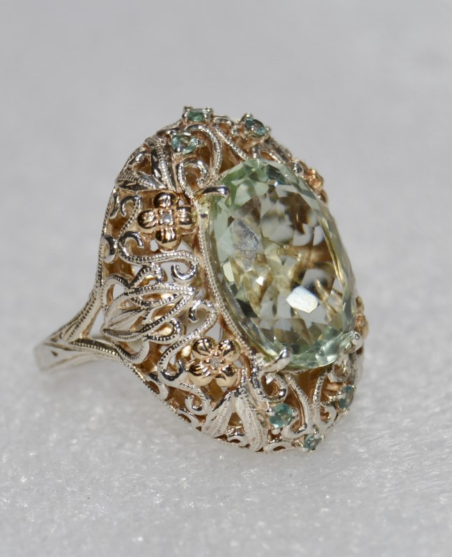 14K Two Tone Yellow & White Gold Green Amethyst & Floral Filigree Cocktail Ring