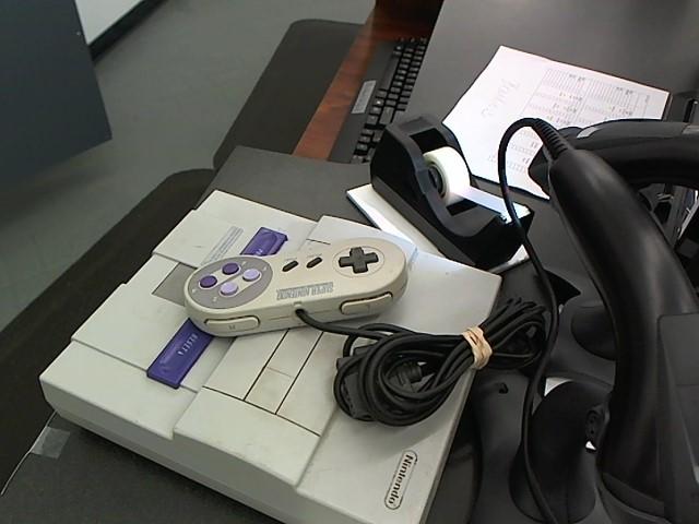 NINTENDO Super Nintendo SUPER NINTENDO CONSOLE/SNES - SNS001/SNS101