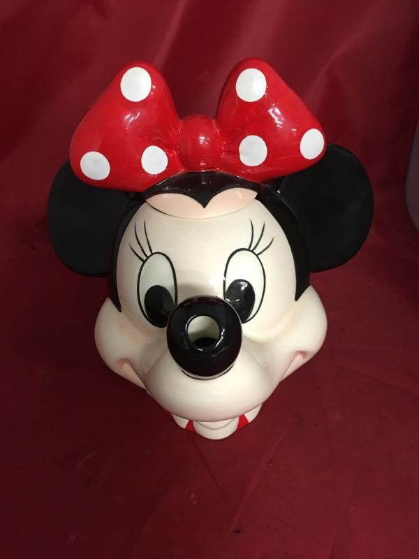 DISNEY Collectible Plate/Figurine MINNIE TEAPOT
